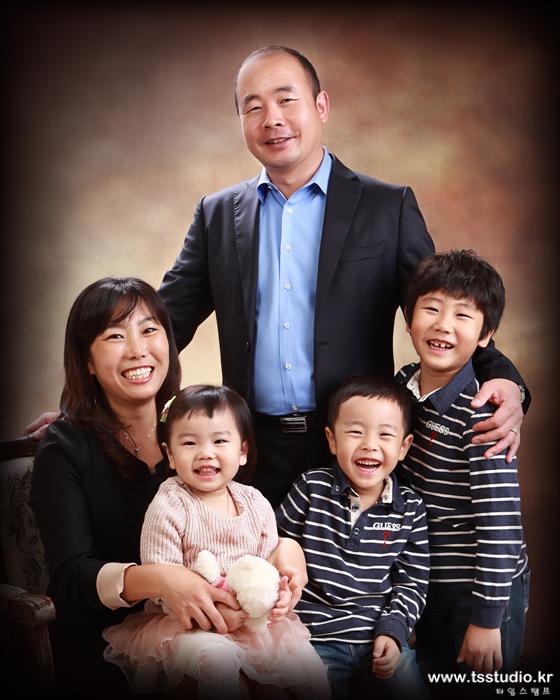 퇴계원가족사진 남양주가족사진 배선복사진작가 타임스탬프