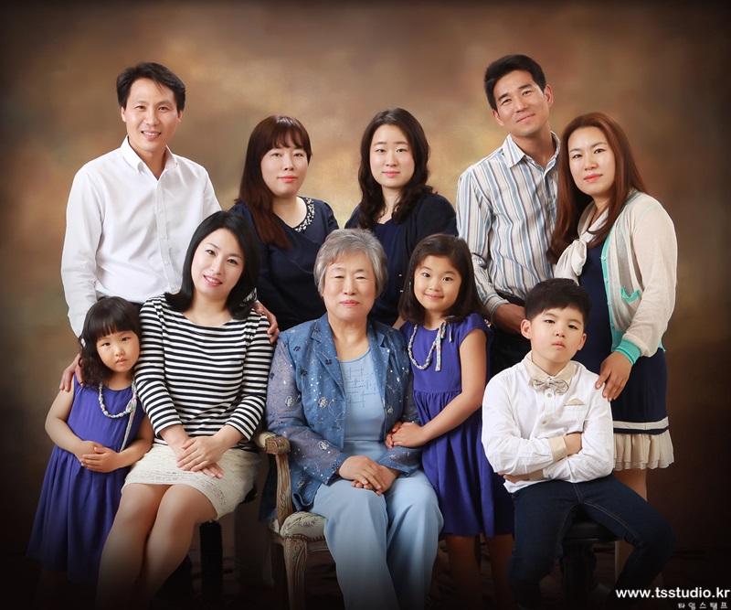 양주가족사진 양주가족사진추천 유양가족사진 배선복 타임스탬프